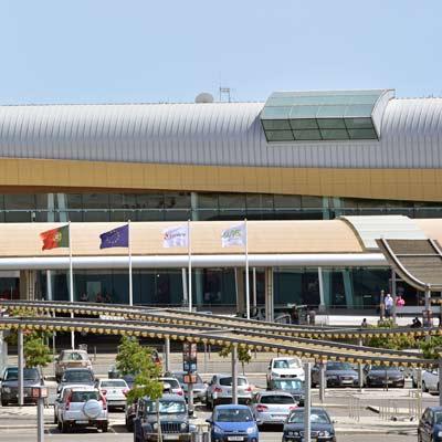 Vom Flughafen Faro Nach Lagos Per Transfer Zug Oder Bus